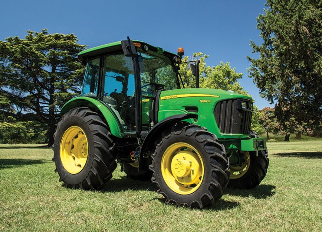 Tractor 5082E: Olvidarse del embrague, una ventaja en todos los sentidos.