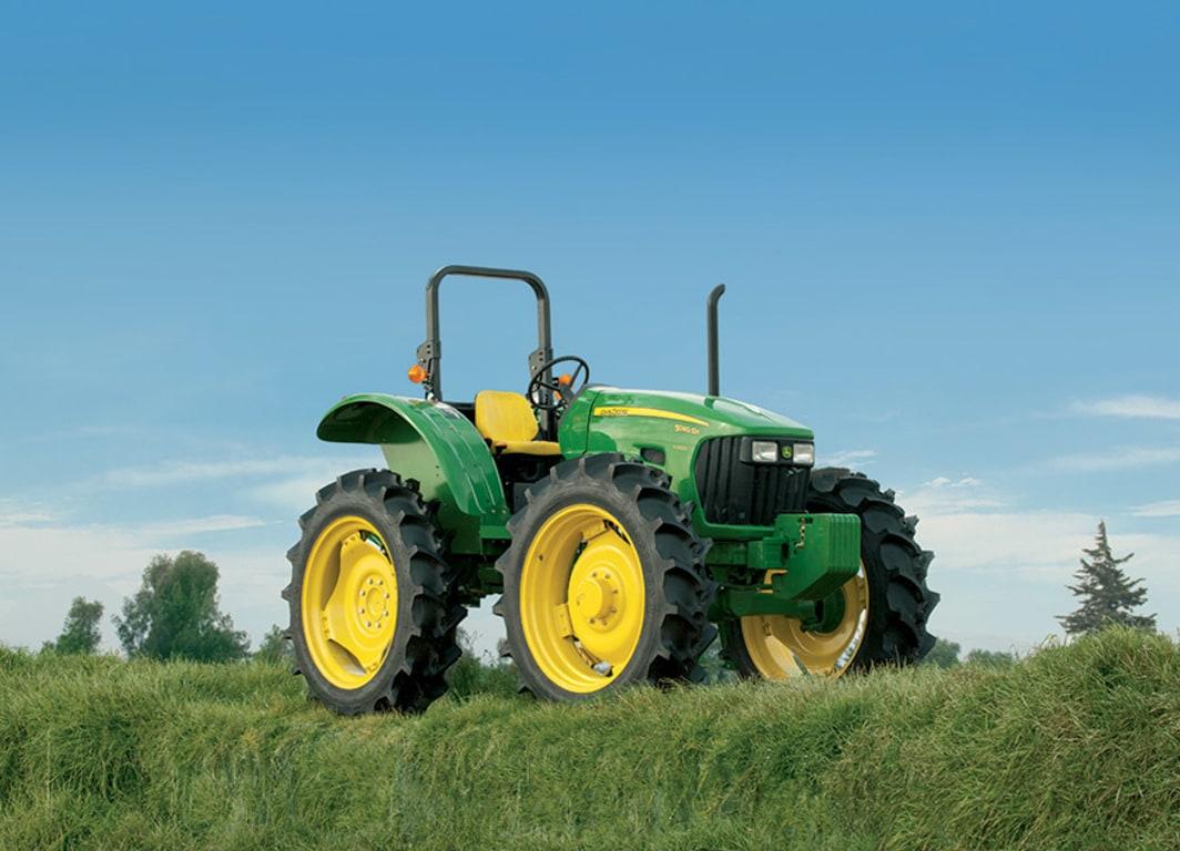 Tractor 5090EH: Alto despeje para tu producción.