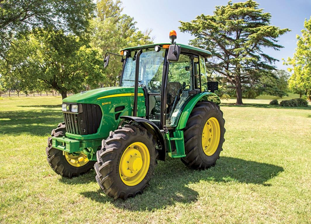 Tractor 5090E: Olvidarse del embrague, una ventaja en todos los sentidos.